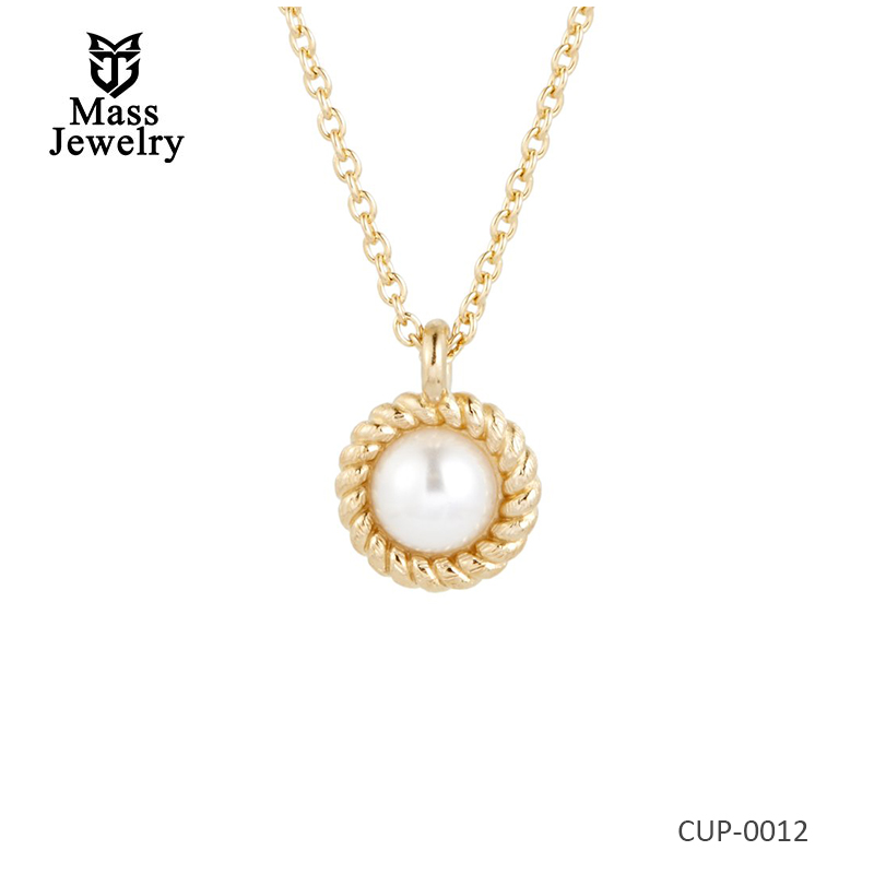 Pearl Necklace in Brass