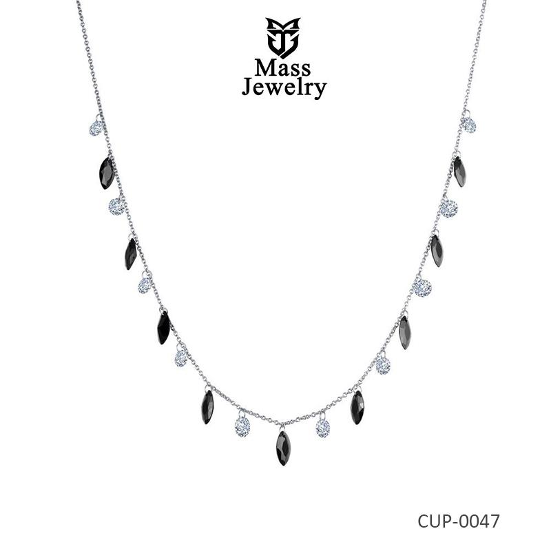 Mesmerizing Shimmer Brass Necklace