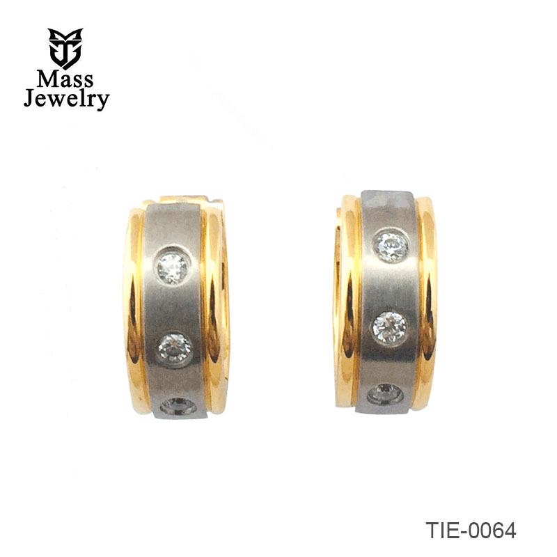 Titanium brushed and polished clamp earrings with brushed 18k Gold-Plate