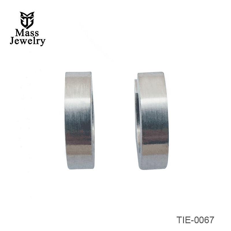 Titanium brush circle earrings